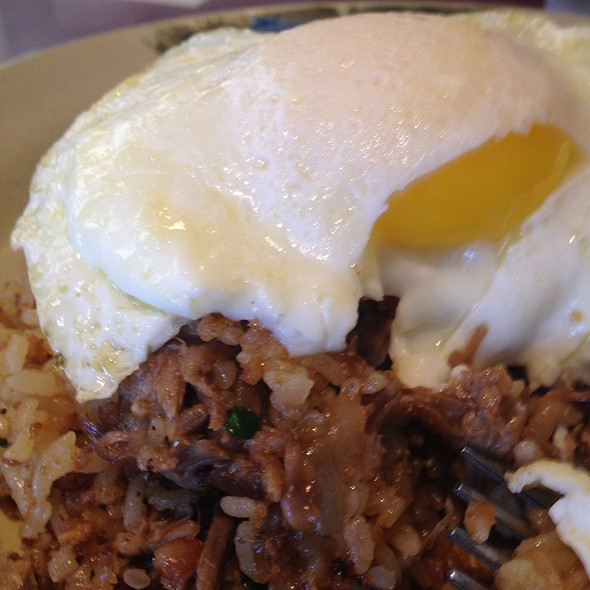 adobo fried rice with and egg