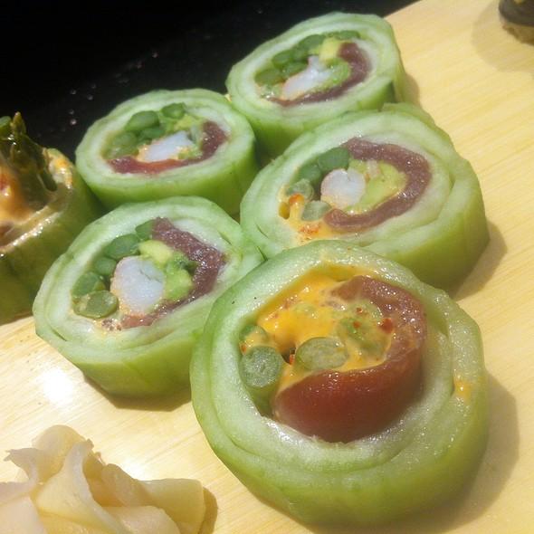 Beth's Roll (Sushi)