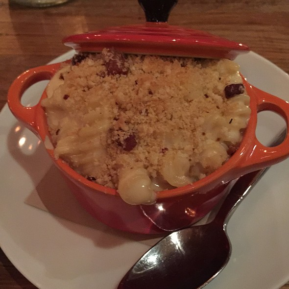 Mac and Cheese @ Martins West