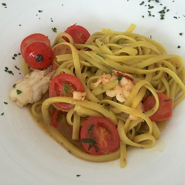 Lobster Pasta @ La Piscina