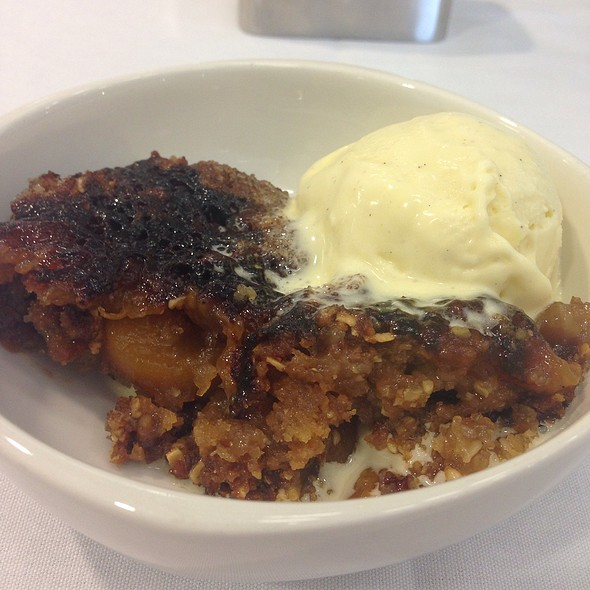 Peach Cobbler W/ Homemade Vanilla Ice Cream
