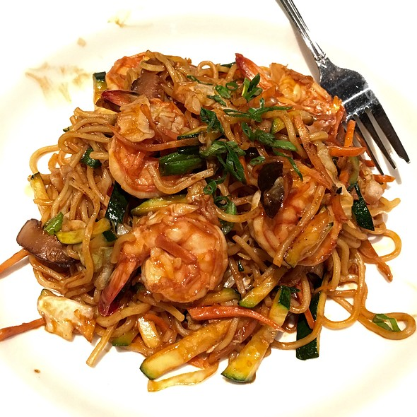 Yaki Soba With Shrimp