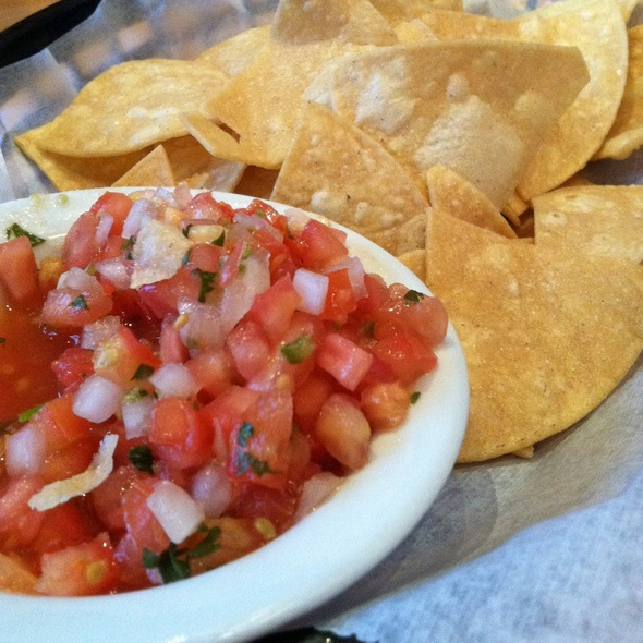 Chips And Pico De Gallo @ Mas Mexicali Cantina