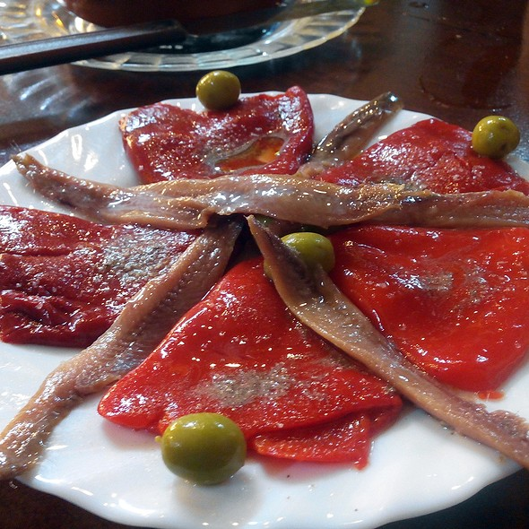 Anchovies and bell peppers salad @ Tasca El Corral