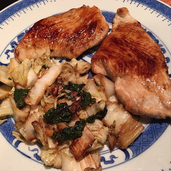 Turkey Fillet Steaks With Braised Spinach And Chinese Cabbage