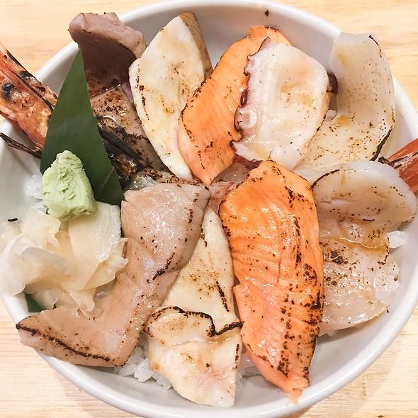 Aburi Kaisen Don @ Tsukiji Itadori Market