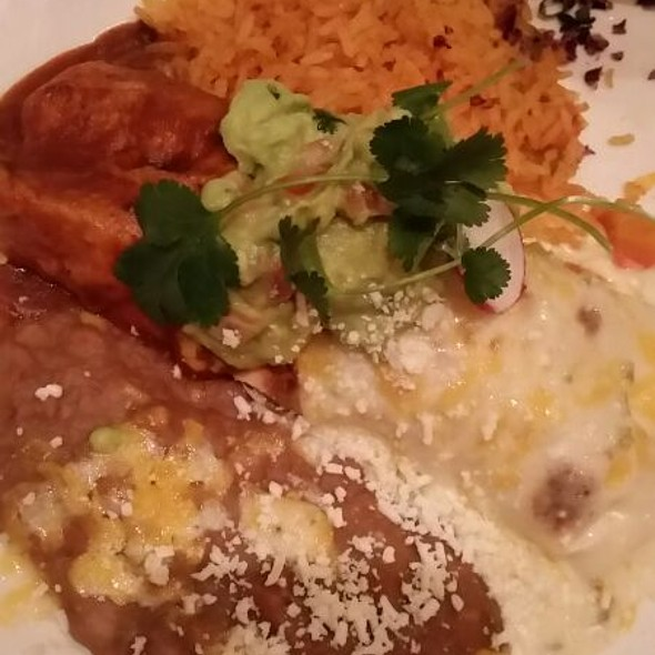 Pollo Asado Burrito