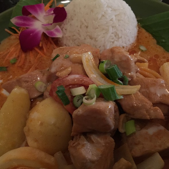 Huhn | Kartoffeln | Rotes Curry