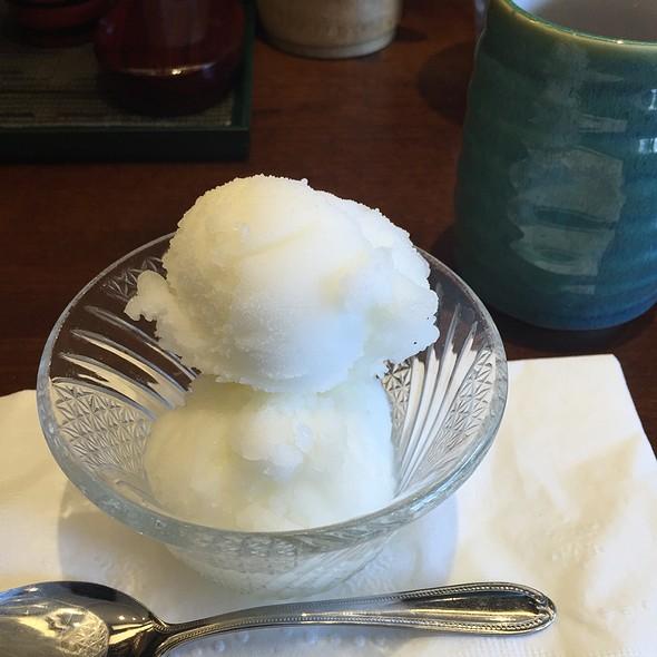 Pomelo Ice
