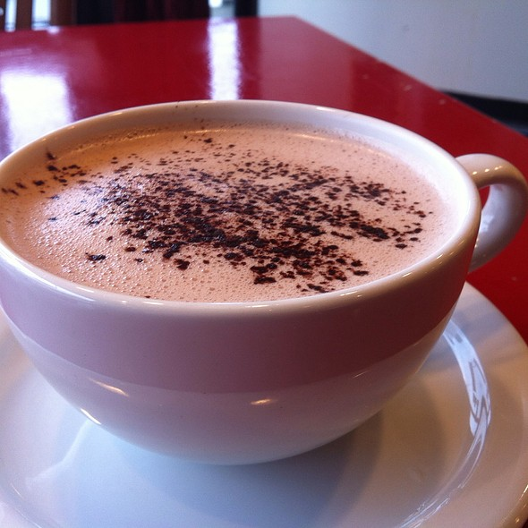Hot Chocolate @ Linh Café