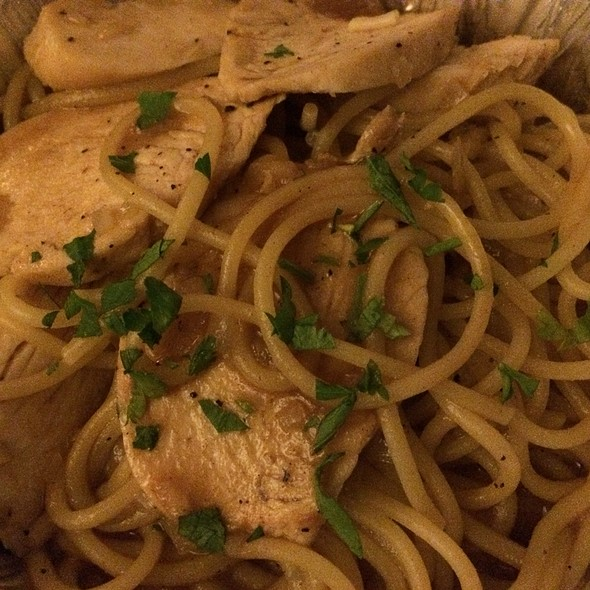 Maria 39 S Italian Kitchen Create Your Own Pasta Foodspotting