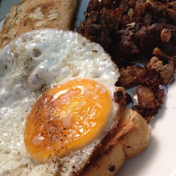 Breakfast Adobo Bits With Egg