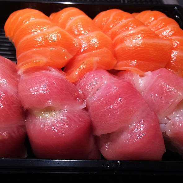 Nigiri Salmon and Tuna Belly