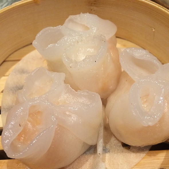 Steamed Scallop Dumpling