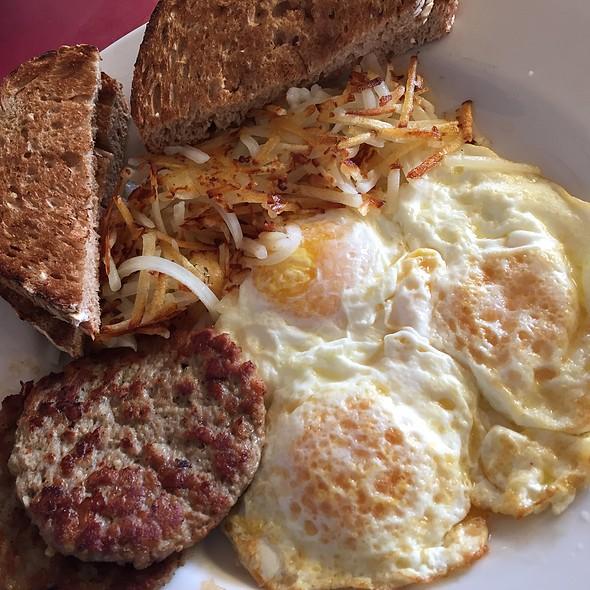 Eggs Over Medium @ the terrace cafe