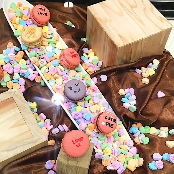 Valentine Macarons Display