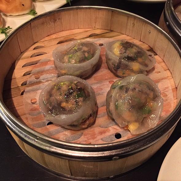 Mr Yumyum Fungi Dumpling