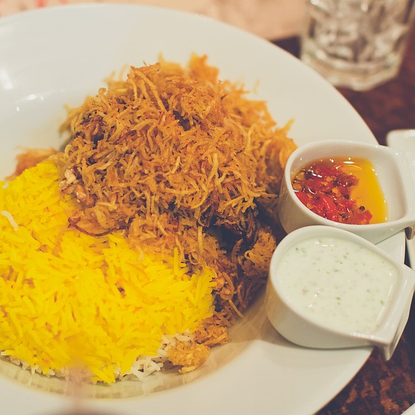 Rice & Chicken @ Villa Mamas