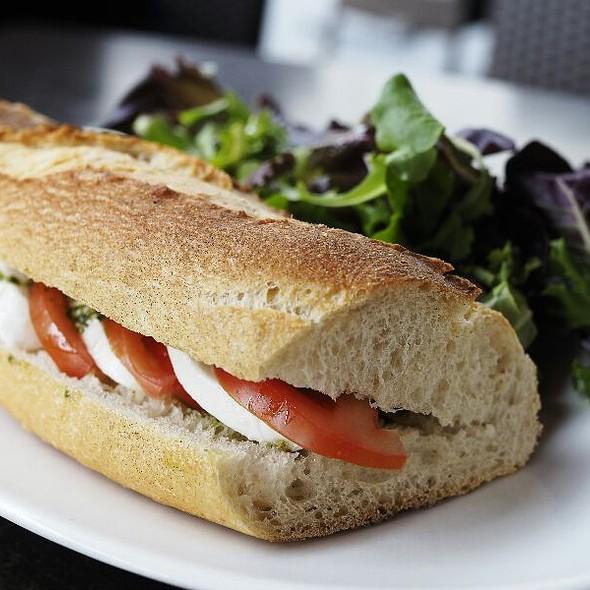 Mozzarella Tomato Sandwich