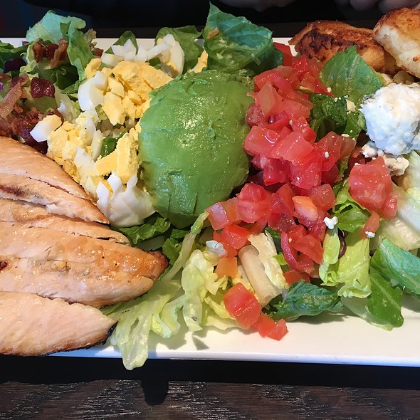 Avo-Cobb-O Salad