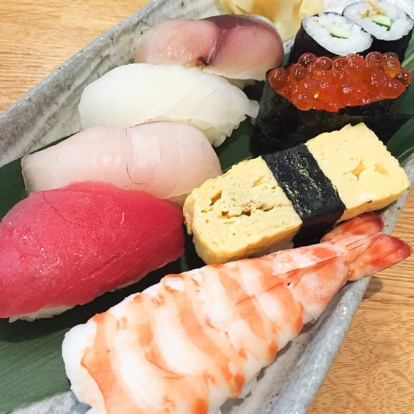 Assorted Sushi @ Aoi Marushin Asakusa