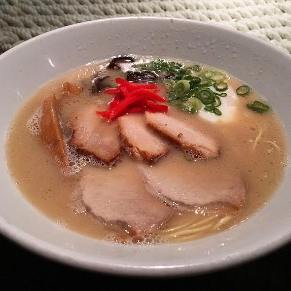 Shiromaru Hakata Classic Ramen W/ Extra Chashu Pork