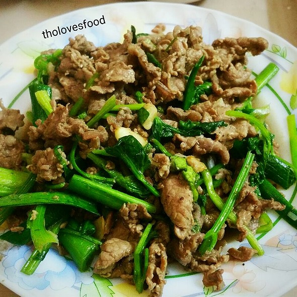 Homemade Fried Beef with Vegetable