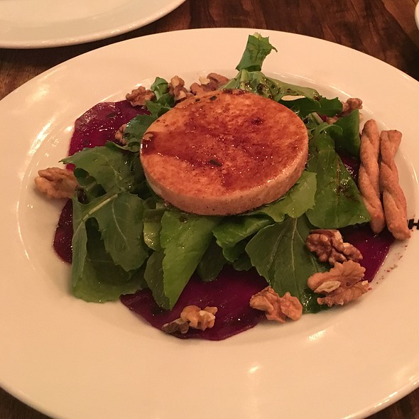 goat cheese brulee salad