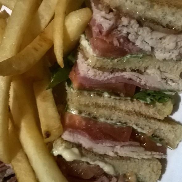 Club Sandwich @ Charlie's Bar Down Under Bar