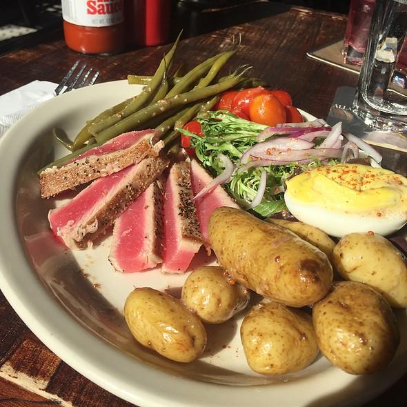 Tuna Nicoise Salad @ Deep Ellum
