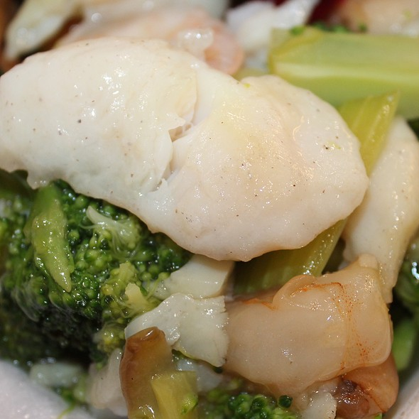 Basa With Shrimp & Broccoli @ Temple Valley Chinese Restaurant