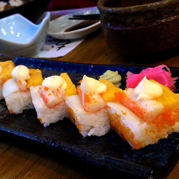 California Kaki Sushi @ Oudon Japanese Udon Noodles