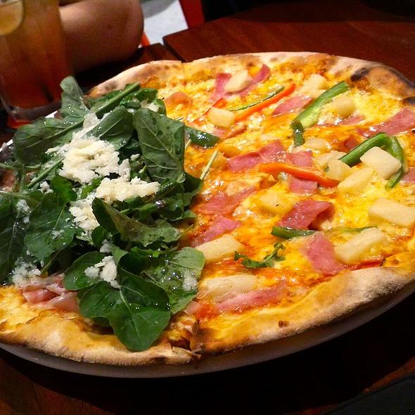 Hawaiana and Prosciutto Crudo di Parma Pizza @ Peperoni Pizzeria