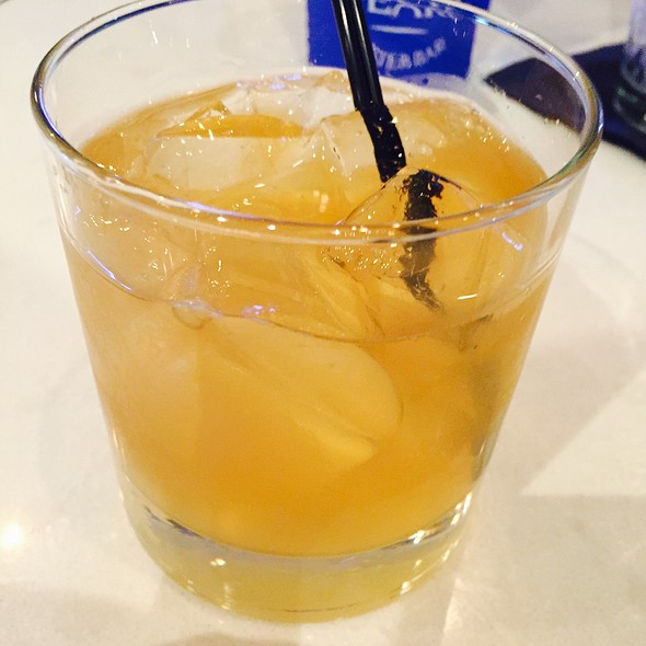 Bulleit & Ginger Beer @ Jolie Pearl Oyster Bar