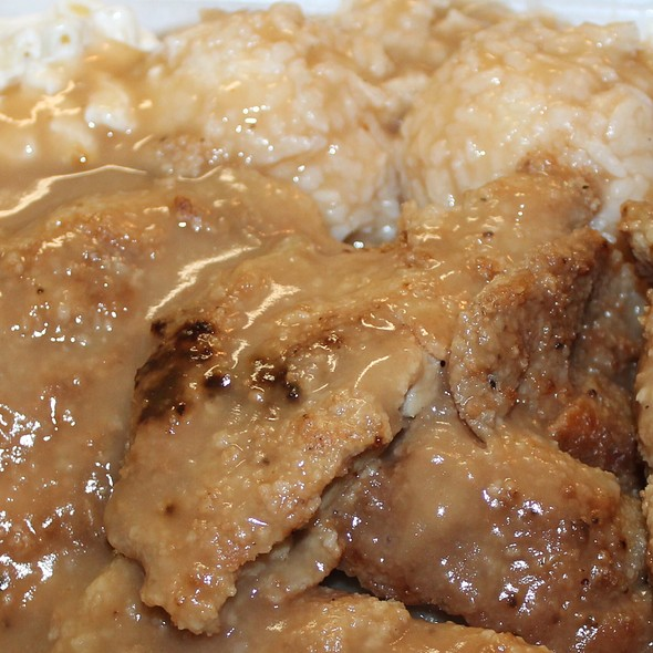 Boneless Chicken, Gravy All Over @ Richie's Drive Inn