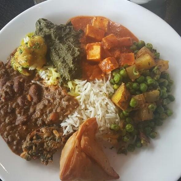 Lunch Buffet With Vegetarian Options  - Bombay Tandoor, Vienna, VA