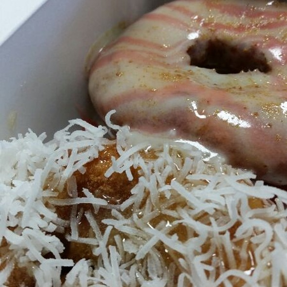 Strawberry Cheesecake & Pina Colada Doughnuts @ Fractured Prune Doughnuts