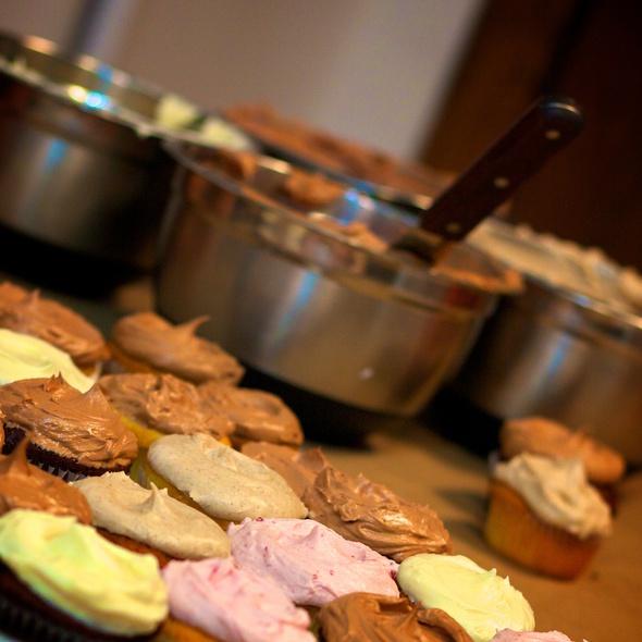 Cupcake Class @ Butter Lane