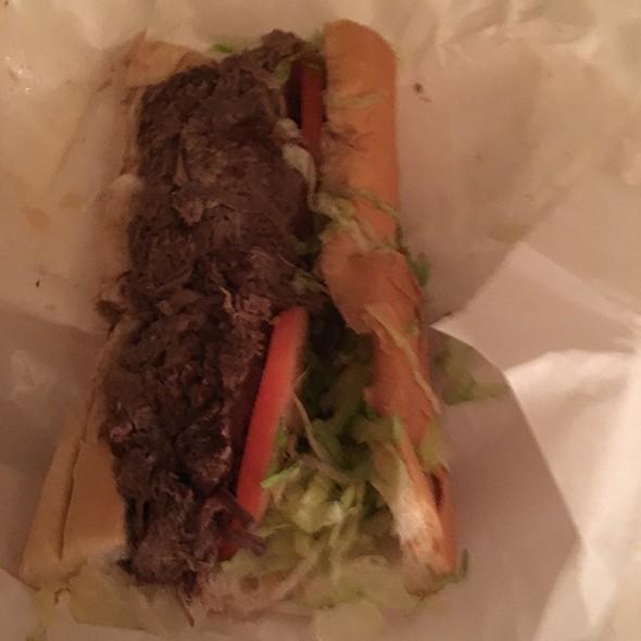 Roast Beef Debris Po-Boy @ Nola Poboys