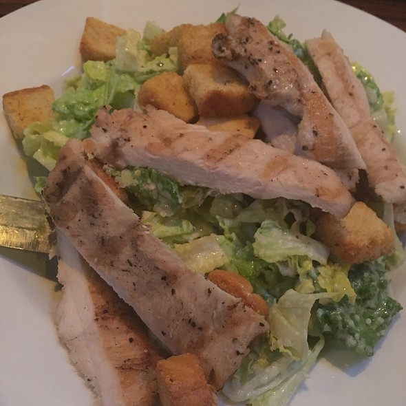 Chicken Caesar Salad - Tilted Kilt, Chicago, IL