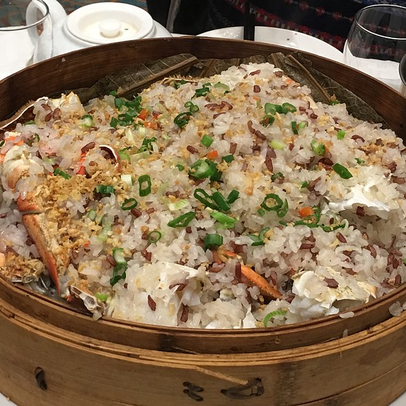 Steamed Crab With Sticky Rice @ Park Asia