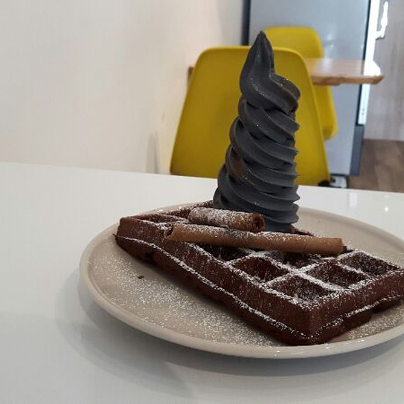 Waffle With Icecream @ The Cold Pantry