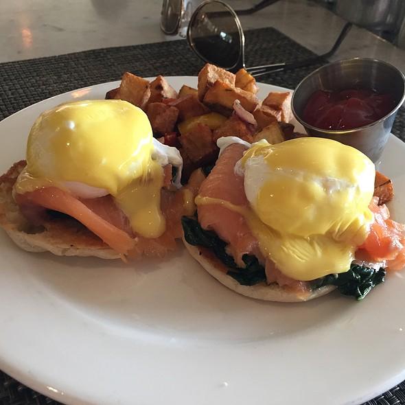 Eggs Royale - The Cedars Social, Dallas, TX
