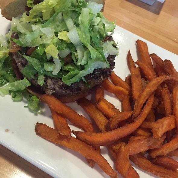 K-Bbq Burger @ Umami Burger