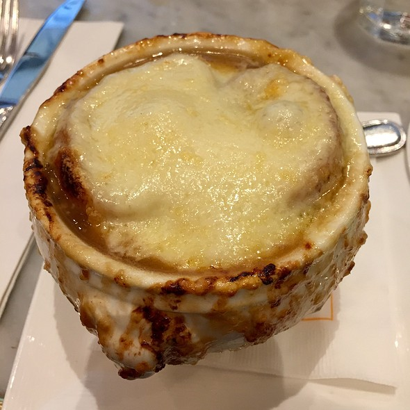 French Onion Soup @ Maison Kayser