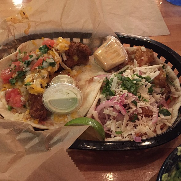 Baja Shrimp & Green Chilli Pork @ Torchy's Tacos