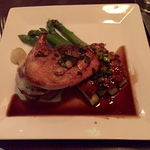 Pressed Mary's Chicken - The Park Bistro & Bar, Lafayette, CA
