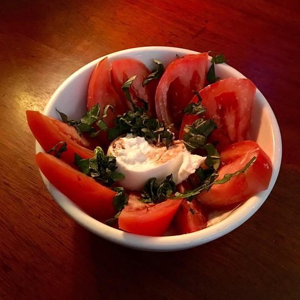 Caprese Salad @ Belltown Pub