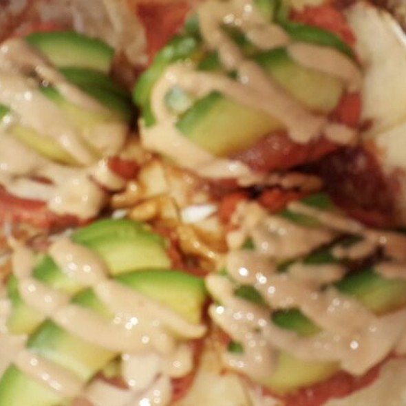 Spicy Tuna Sushi Pizza @ SushiO