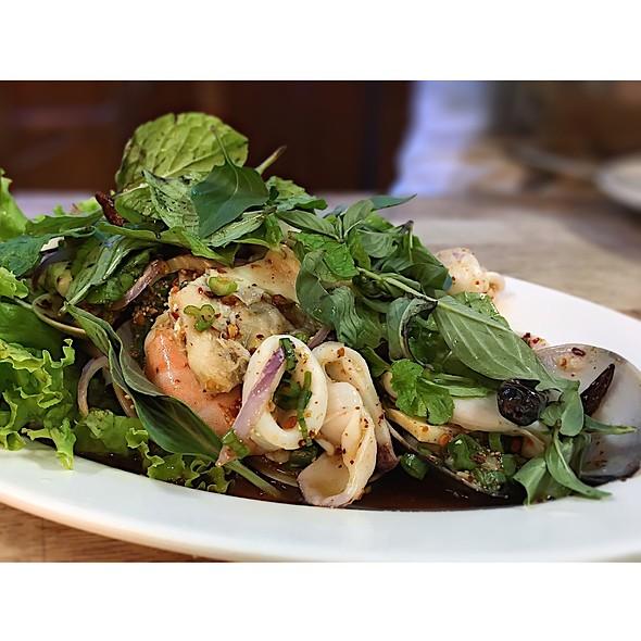 alissara thai cuisine restaurant menu taman puchong